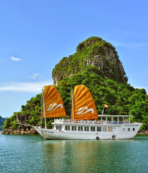 HALONG DAY CRUISE - PARADISE EXPLORER